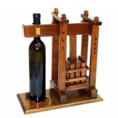 Stojala za steklenice in vinski motivi