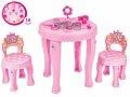 Dječji kozmetički stolić i stolice