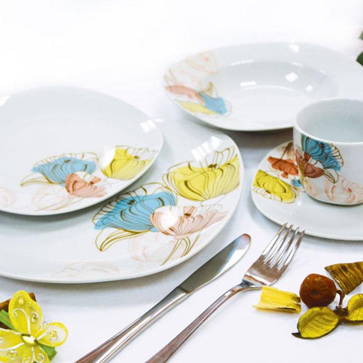 Jedilni servis porcelan 30 kosov - cvetje v barvi