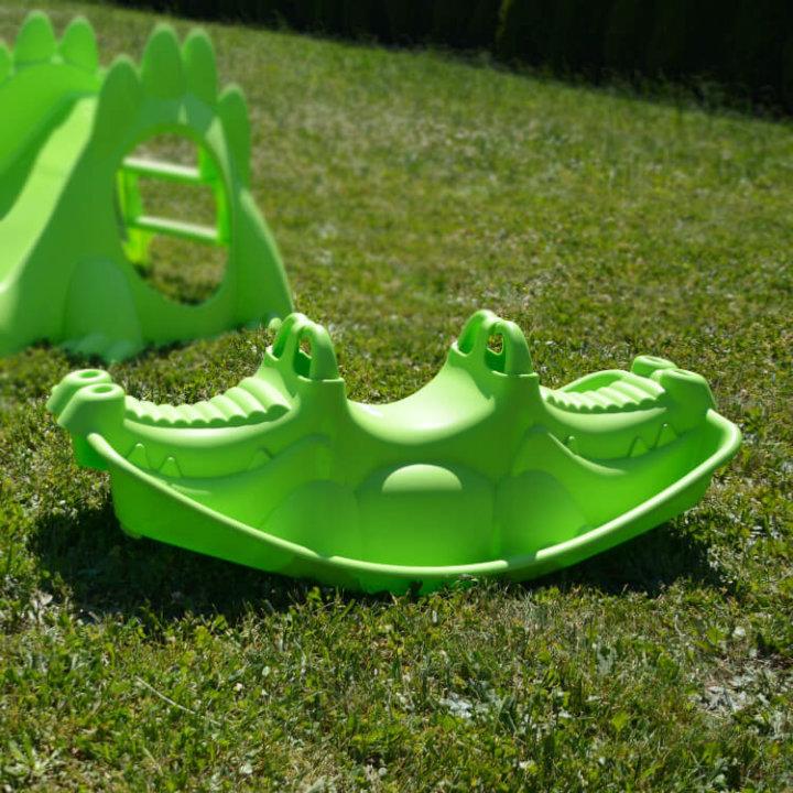 Otroško gugalo krokodil