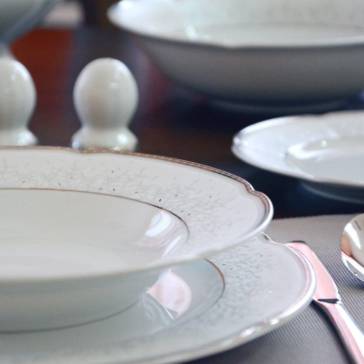 Jedilni set iz porcelana 23 kosov bolero - srebrni dekor