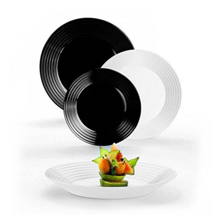 jedilni črno beli servis