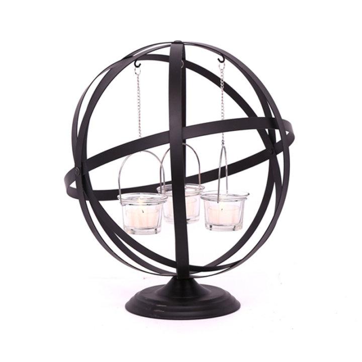 Kovinski svečnik za lučice 3/1 v kovinskem globusu