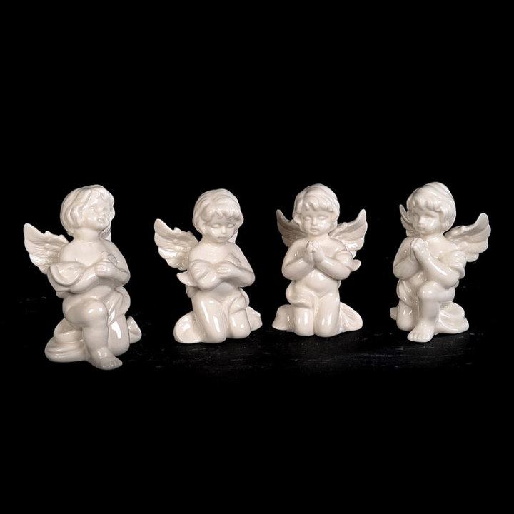 ANGEL PORCELANSKA FIGURA BELA 11 X 7 CM